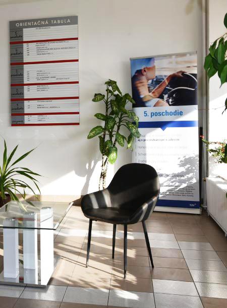 Vestibul administratívnej budovy